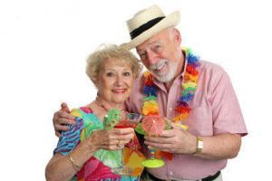 Old_couple_travelXSmall